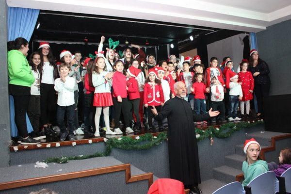 2017 - 12 - Christian Education Christmas Performance - 07-